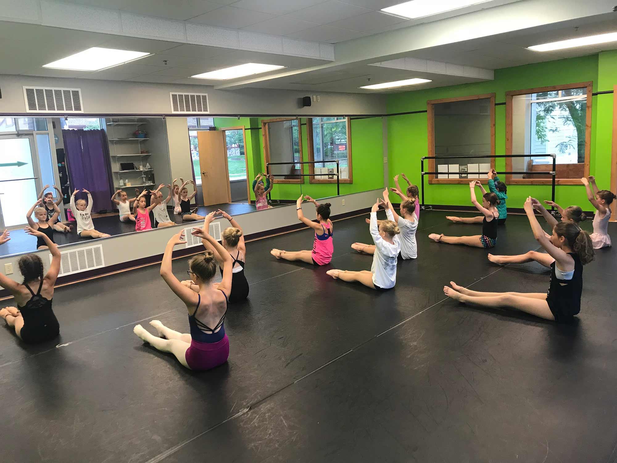 Ultimate Leap Dance Center Dance Class Rehearsal